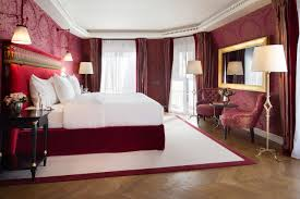 hotel chambre luxe parisian chic at la réserve hotel