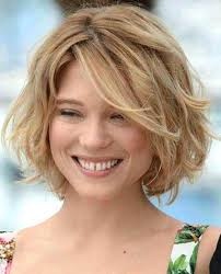 layered hairstyles 50 unique layered bob hairstyles for fine wavy hair wavy bob