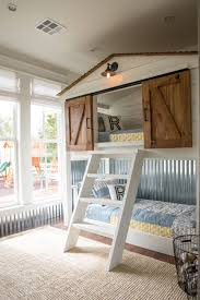 episode 16 the little shack on the prairie farmhouse bunk beds