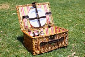 picnic basket for 2 picnic basket buying guide picnic world