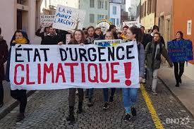 Qui est Emmanuel Macron ? - Page 23 Images?q=tbn:ANd9GcR7NCQg6mdAr5rve4F7eRhp0ZZtx3Q-aR4GgqUlRXXlgqFaELZcNA&sp=33287da6e94ab12053a9ca130ed83646&anticache=678243