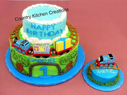 thomas the tank engine first birthday cake cakecentral com
