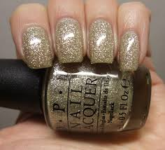 opi my favorite ornament clawsincolors