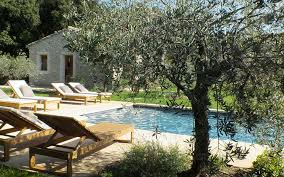 chambre d hote eygalieres bed breakfast notre dame in eygalières le fooding