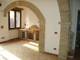 arco in pietra per interni archi in pietra per interni con archi e colonne perugia caminetti