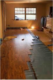 How To Start Installing Laminate Flooring Flooring How To Lay Downnatering On Concrete Over Tile In