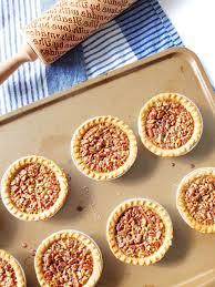 thanksgiving recipes easy to make mini bourbon pecan pies u2014 elle talk houston texas food