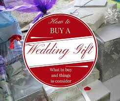 What To Give For A Wedding Gift Mr Gift How To Buy A Wedding Gift What To Buy And Things To Consider