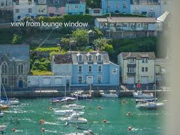 holiday rentals houses and flats to rent or sale in plymouth