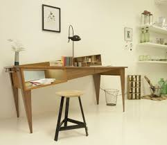 bureau de designer bureau penché du designer simon cabrol la déco design dans tous