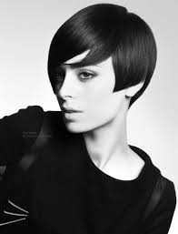old fashioned short hair short retro haircut with elements of swinging 60s hairstyles