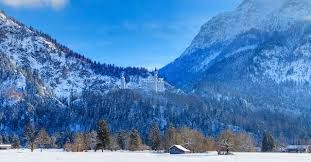 winter season at neuschwanstein castle