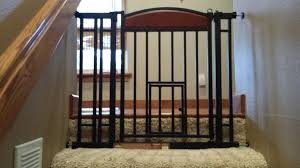 5 best dog gates for indoor use u0026 staircases u2014 2017 reviews