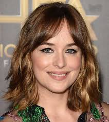 haircut for rectangle shape face 5 flattering hairstyles for oval face