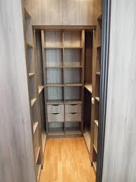 petit dressing chambre dressing petit espace simple amenager dressing petit espace les