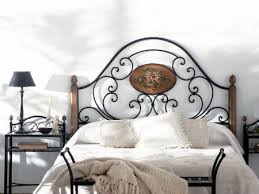 valet de chambre en fer forgé tête de lit florencia en fer forgé meuble design pour la chambre