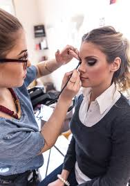 makeup artist courses online do i really need to get a makeup artist license trendimi