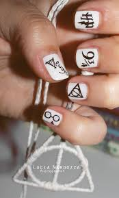 15 magic harry potter nail designs harry potter nails harry