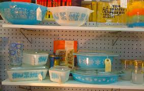 vintage kitchen collectibles vintage pyrex pinup antiques fashion collectibles