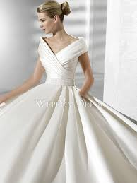 wrap wedding dress pear shaped shirring ribbon the shoulder a line