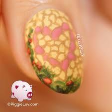 piggieluv hidden wall art nail art