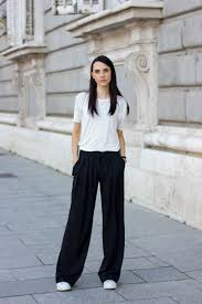 what color goes with gray pants palazzo pants your ultimate guide to styling and wearing them
