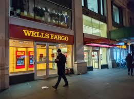 biz earns wellsfargo sj jpg