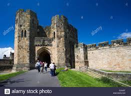 alnwick castle stock photos u0026 alnwick castle stock images alamy