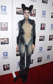 heidi klum halloween costumes heidi klum u0027s craziest halloween costumes a 560x375 1