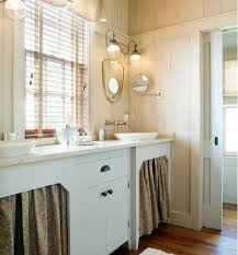 Shabby Chic Small Bathroom Ideas by 71 Best Cottage Bathrooms Images On Pinterest Cottage Bathrooms