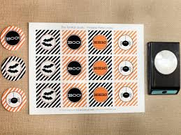 halloween placemat halloween party favor make a treat cone hgtv