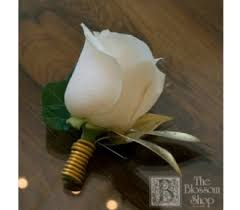 Gold Boutonniere The Blossom Shop White Rose Boutonniere With Gold Accents