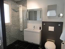 desain kamar mandi warna hitam putih koleksi desain kamar mandi minimalis sederhana terlaris 5000