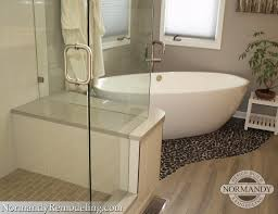 check out the pebble floor under the freestanding bathtub it