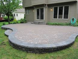 Patios With Pavers Paver Patio Plus Putting In A Patio With Pavers Plus Gray Concrete