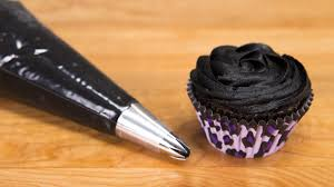 how to make black icing black buttercream for cake decorating