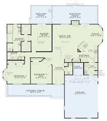 single level house plans country style house plan 3 beds 2 50 baths 2131 sq ft plan 17 176