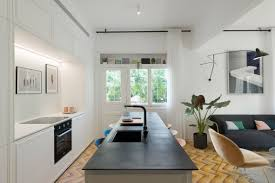 1930s bauhaus apartment gets gorgeous renovation in tel aviv curbed