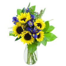 Vase Of Sunflowers Kabloom You Are My Sunshine Sunflowers Fresh Flower Arrangement