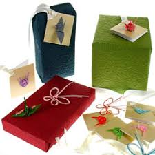 japanese present wrapping the etiquette of gift giving in japan how to present japenese gifts