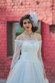 7 answers are there places in chennai that sell wedding gowns of