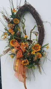 Diy Halloween Wreath Ideas by 3641 Best Wreaths Images On Pinterest Spring Wreaths Summer