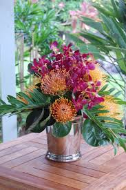 Beautiful Flower Arrangements by Best 25 Tropical Flower Arrangements Ideas On Pinterest
