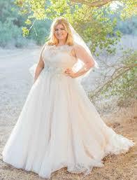 wedding dresses for plus size brides della curva plus size bridal salon dress attire tarzana