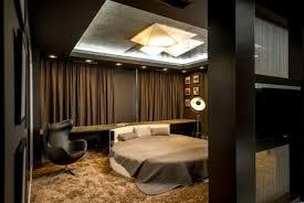 chambre avec lit rond design d intérieur chambre à coucher avec lit rond et tapis doré