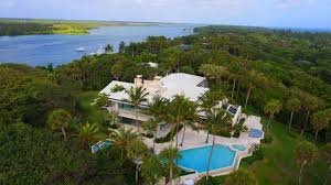38m jupiter island home sells to liberty media u0027s john malone
