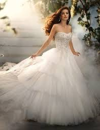 beautiful wedding gowns needs beautiful wedding dress this