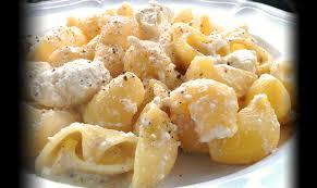 comment utiliser la ricotta en cuisine pâtes à la ricotta de brebis cuisine italienne le bon chef