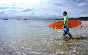 thanksgiving surf best surf spots travel leisure