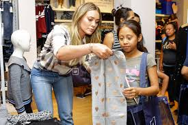 Fashion Design Schools In Texas Hurricane Harvey Hilary Duff U0027s Family Escaped In Canoe